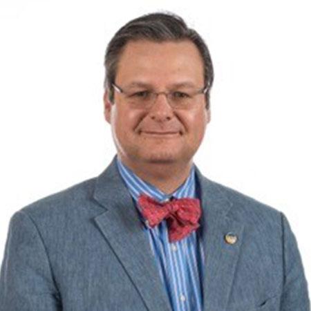 Dr. Roland Bizanek
